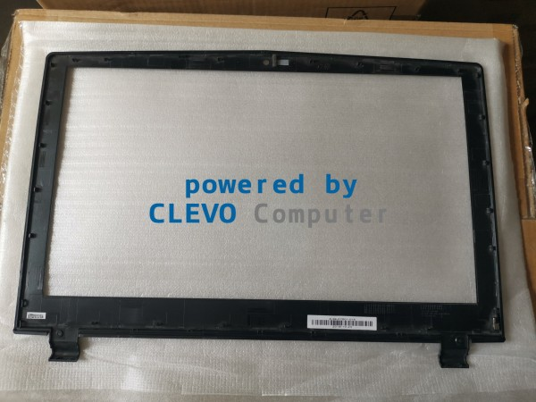 6-39-P7501-015 LCD Front Cover CLEVO P75xTMx